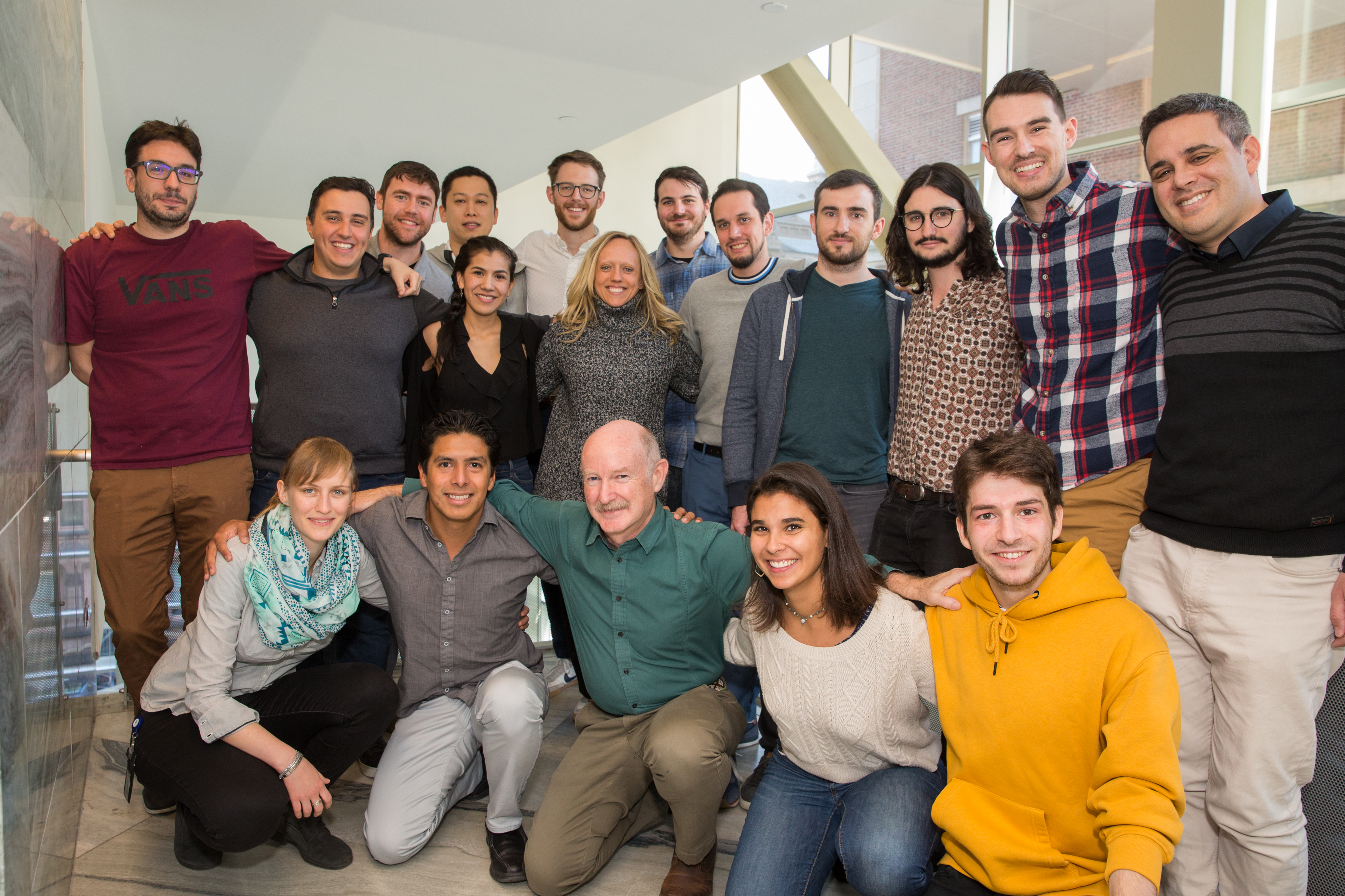 Group photo of Yuste lab