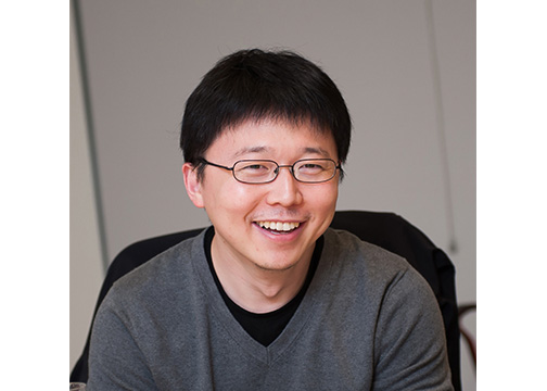 photo of Dr. Feng Zhang